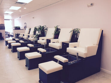 nail-pampering-parlour-pedicures